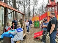 20 апреля 2019 года на территории спортивного клуба имени И.С. Ярыгина при участии спортсменов и их родителей проходил субботник.