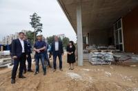 Рабочих и строителей физкультурно-оздоровительного комплекса в микрорайоне Заря станет в два раза больше
